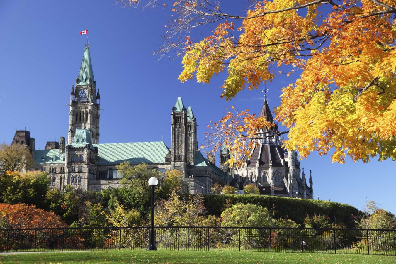 Parliament in Fall Lo Res